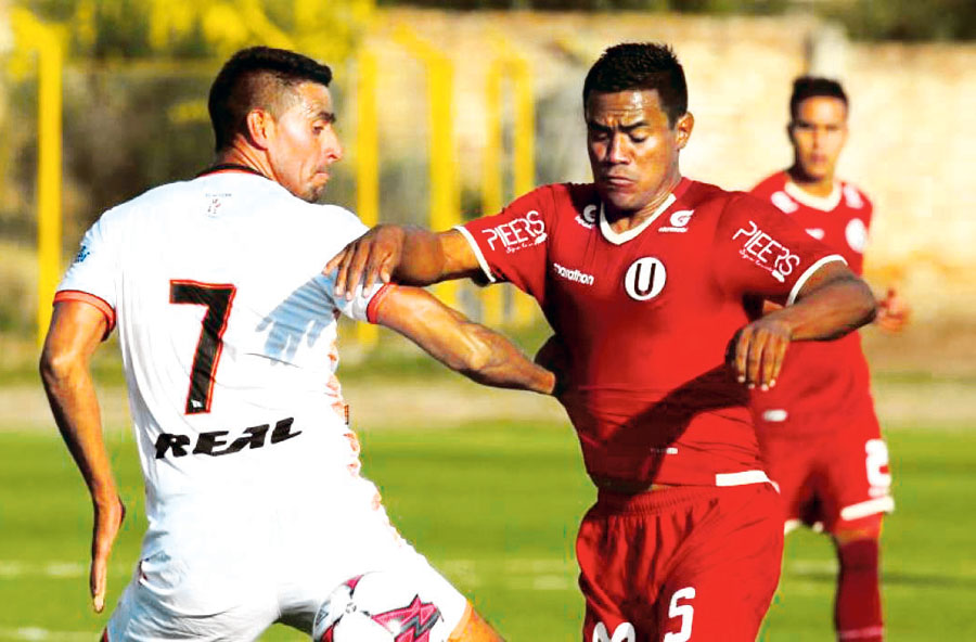Universitario Vs Ayacucho