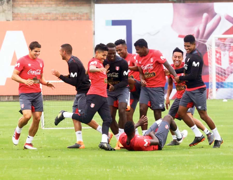 Seleccion peruana, club de la pelea