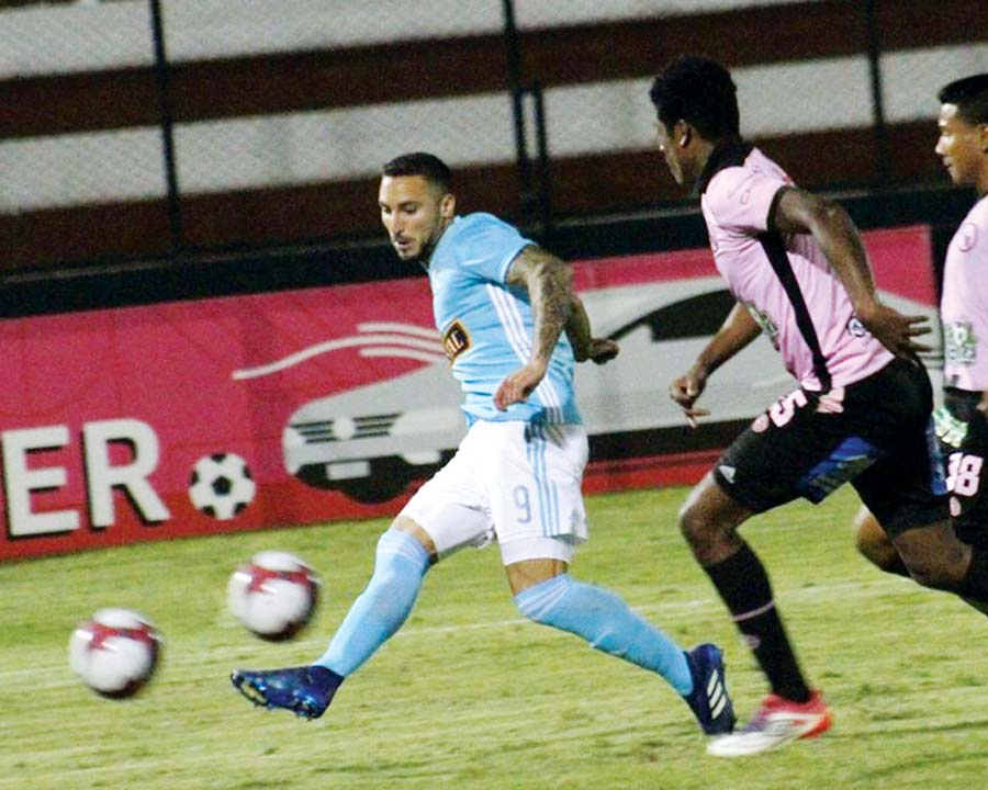 Sporting Cristal Emanuel Herrera