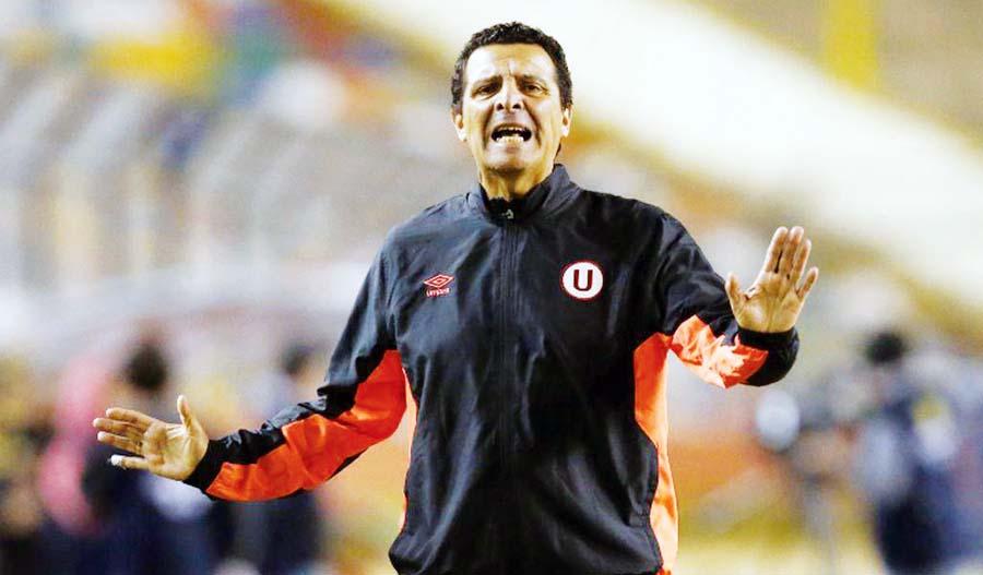 estratega de Universitario de Deportes Javier Chirinos