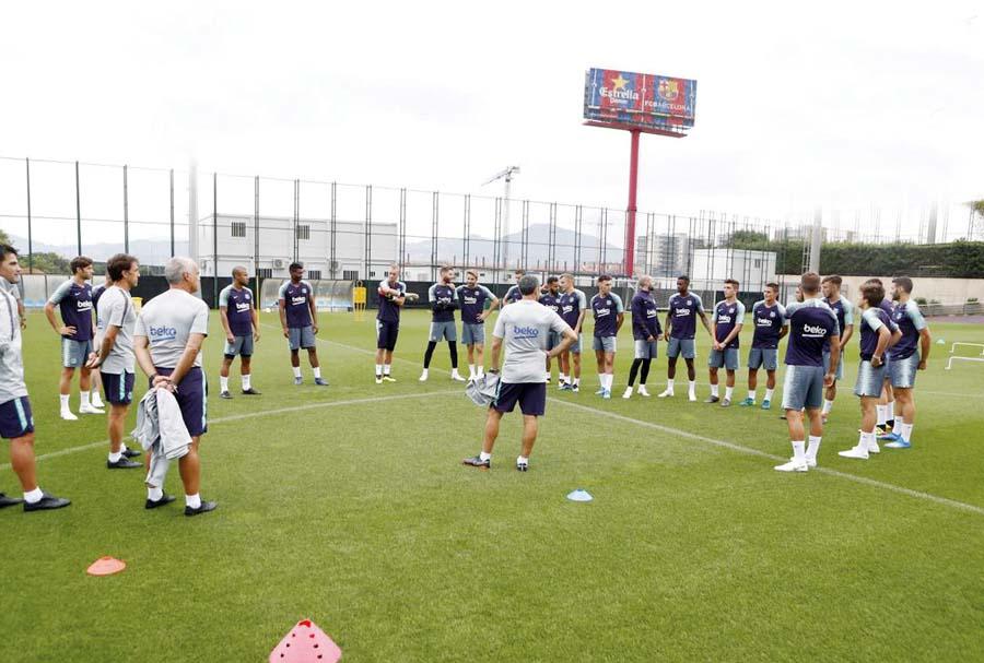 Barcelona de España entrenó en el campo 7 de la Ciudad Deportiva Joan Gamper