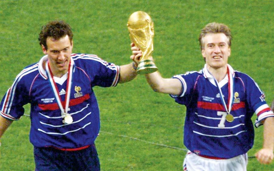 Didier Deschamps fue un gran volante de la Francia campeona de 1998. Ahora quiere repetir como DT