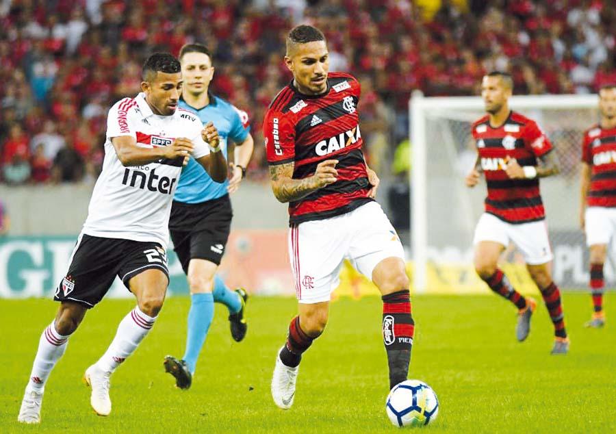 Paolo Guerrero perdio en el Flamengo 1-0 ante Sao Paulo