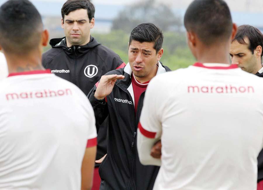 Nicolás Córdova el DT chileno urge de nuevos jugadores