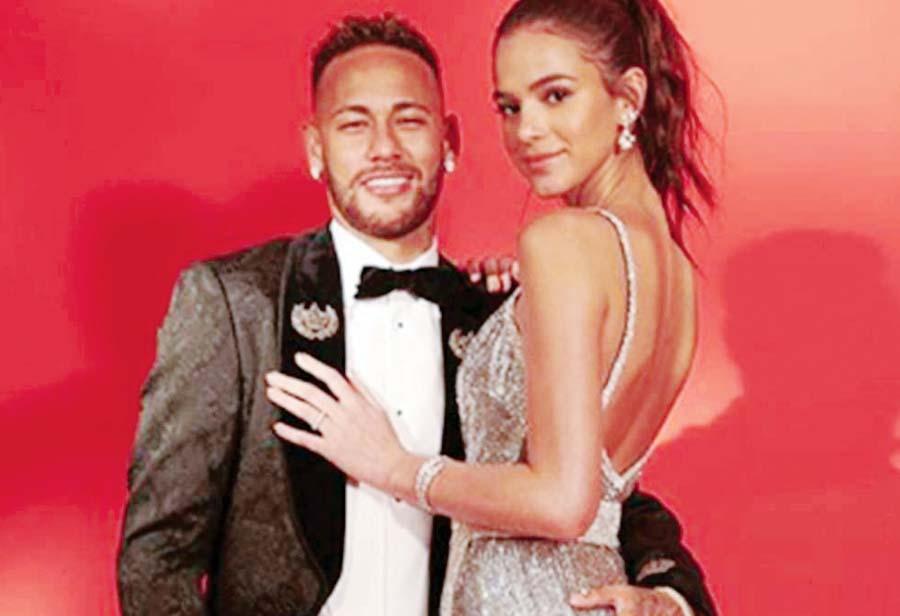 Neymar y su pareja Bruna Marquezine