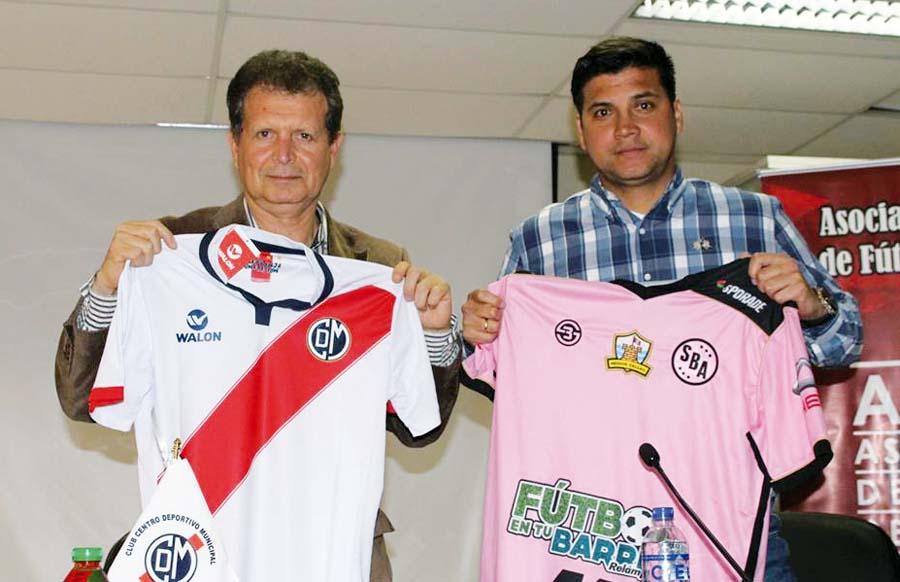 Presidente de Deportivo Municipal, Óscar Vega, y su semejante de Sport Boys, Johan Vásquez