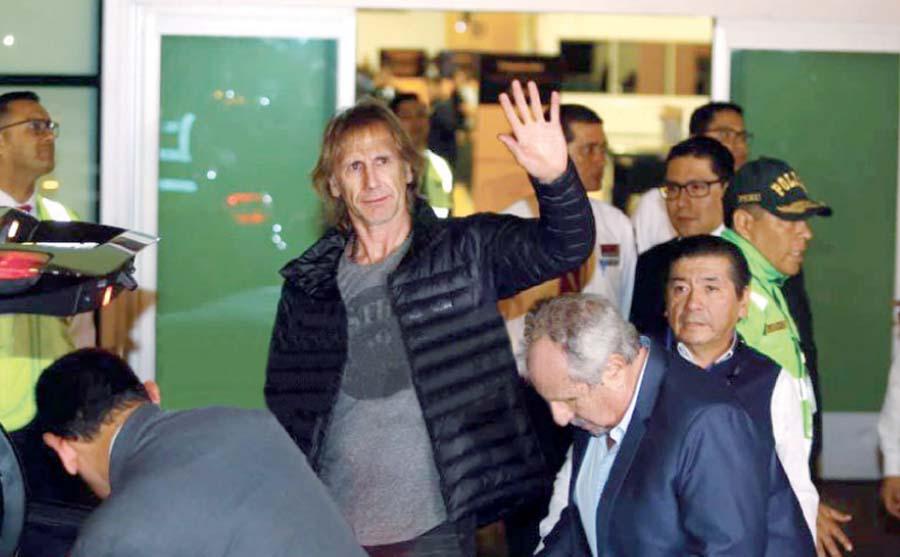Ricardo Gareca, llegando a Lima