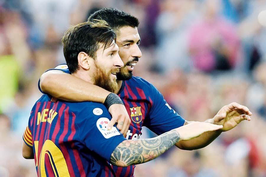 Azulgranas golearon 8-2 al Huesca en el Camp Nou. La 'Pulga' Messi y Suárez anotaron dos goles cada uno