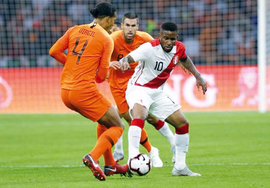 Holanda vs Perú, amistoso