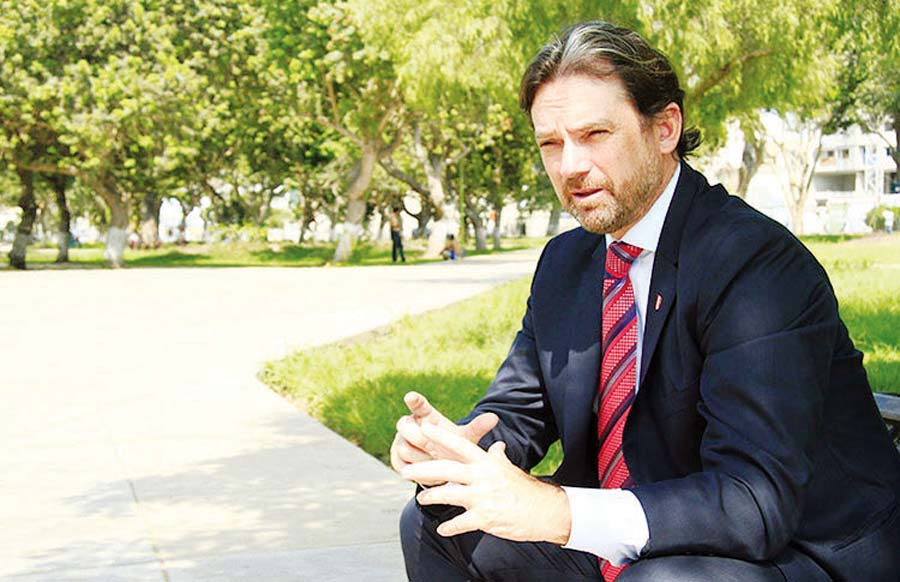 Juan Matute, secretario general de la FPF