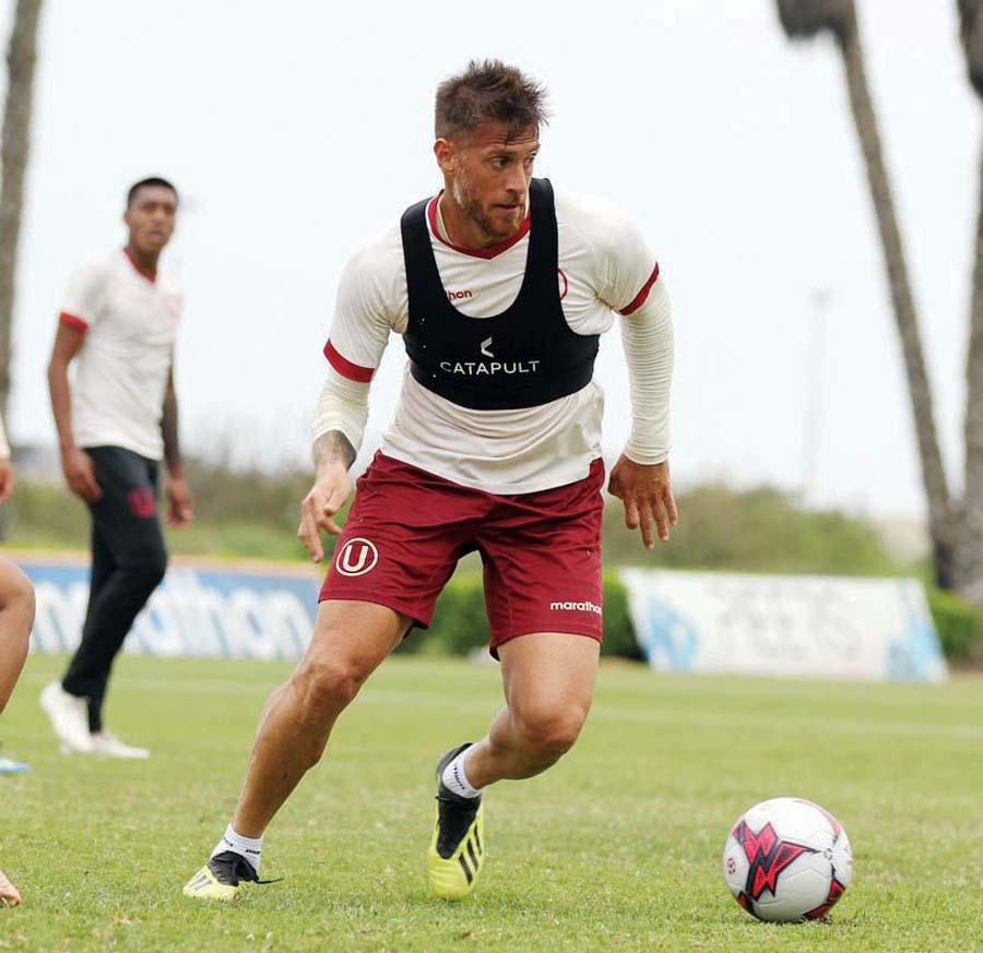 El argentino Germán Denis reaparecerá ante Sport Rosario
