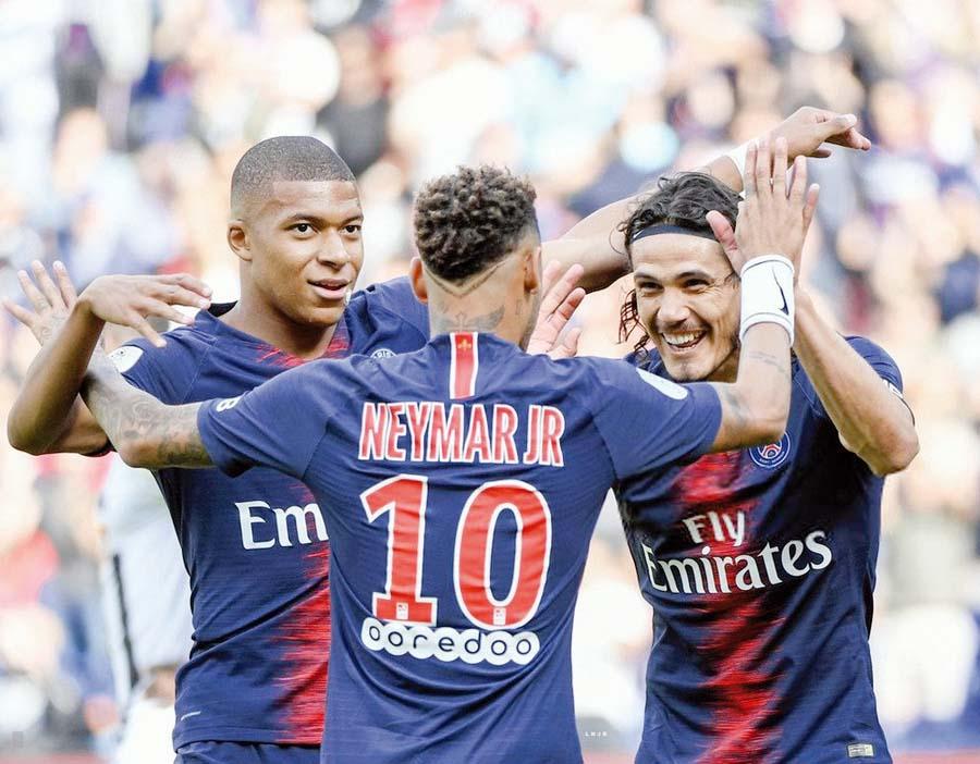 PSG espera golear al Napoli