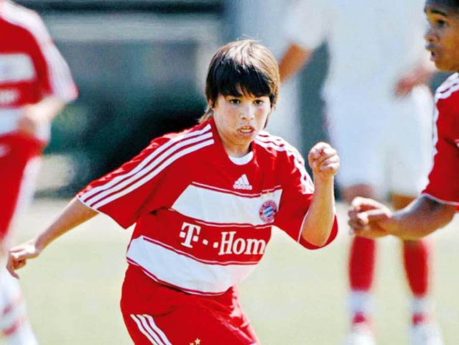 Pier Larrauri a los 13 años en su paso por las divisiones menores del Bayern Munich