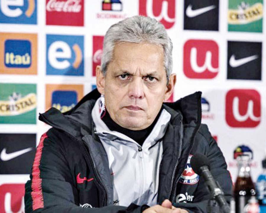 Reinaldo Rueda, entrenador de la selección chilena