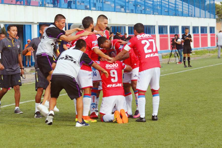 Union Comercio ganó 3-1 a Deportivo Municipal