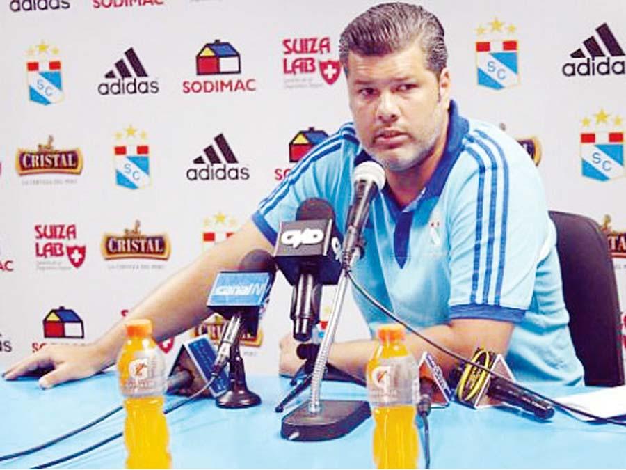 Carlos Benavides, gerente de Sporting Cristal
