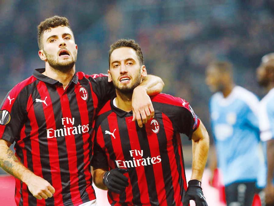 Milan superó 5-2 a Dudelange