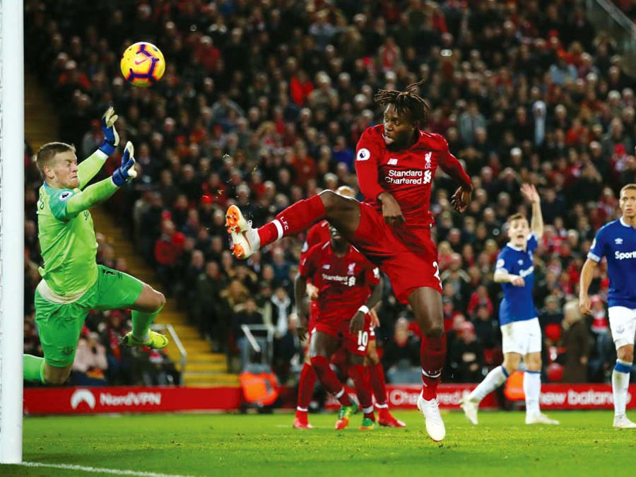 Liverpool se impuso 1-0 al Everton