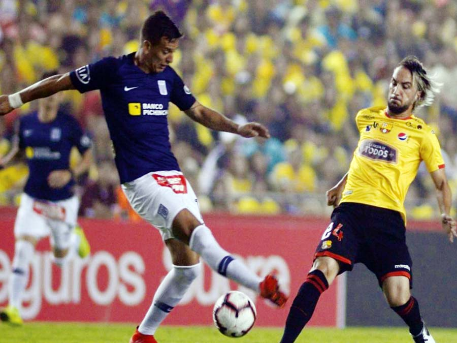 Alianza cayó 2-1 en Guayaquil