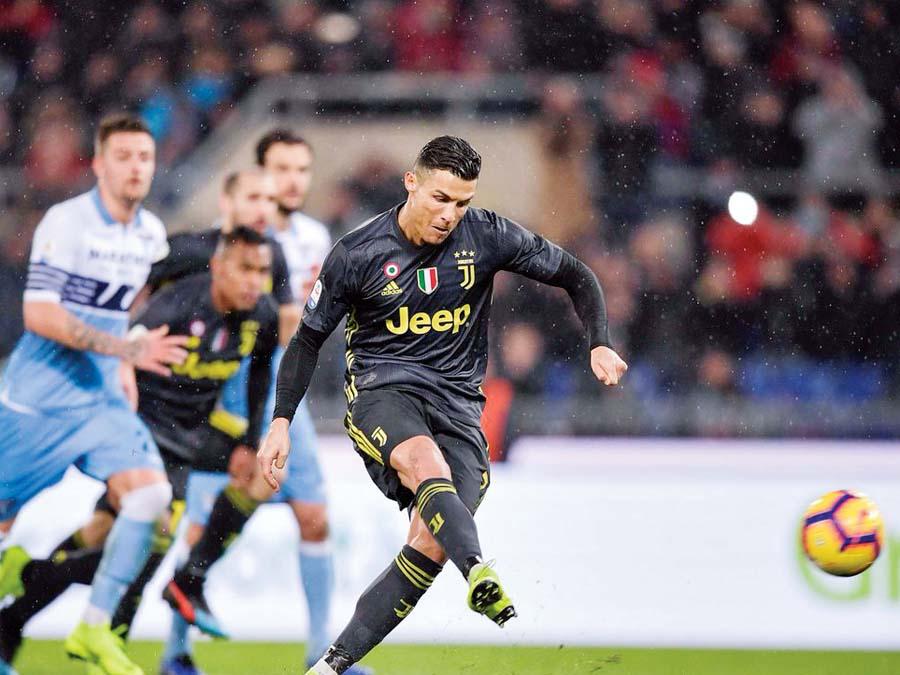 Juventus le volteó el partido a Lazio