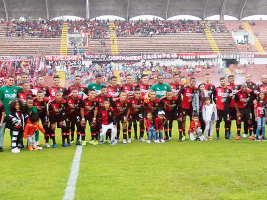 Melgar perdió 2-1 ante Independiente del Valle, de Ecuador