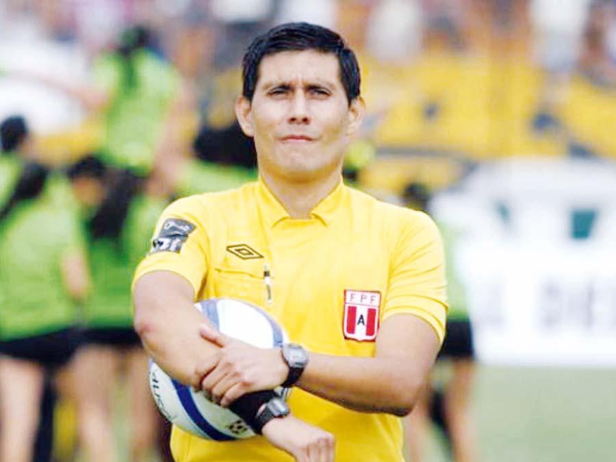 Árbitro Luis Garay