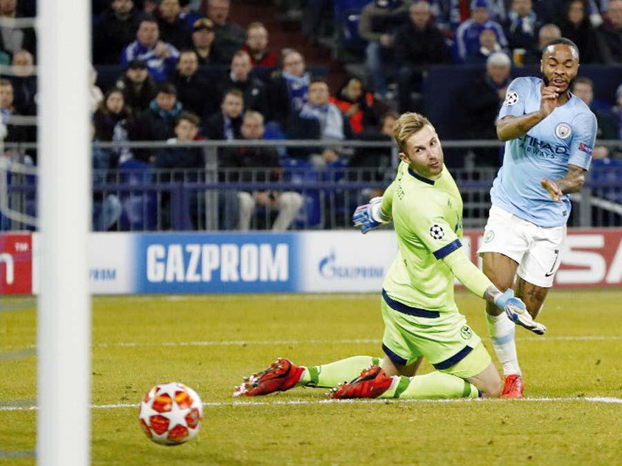 Manchester City superó de visita 3-2 al Schalke