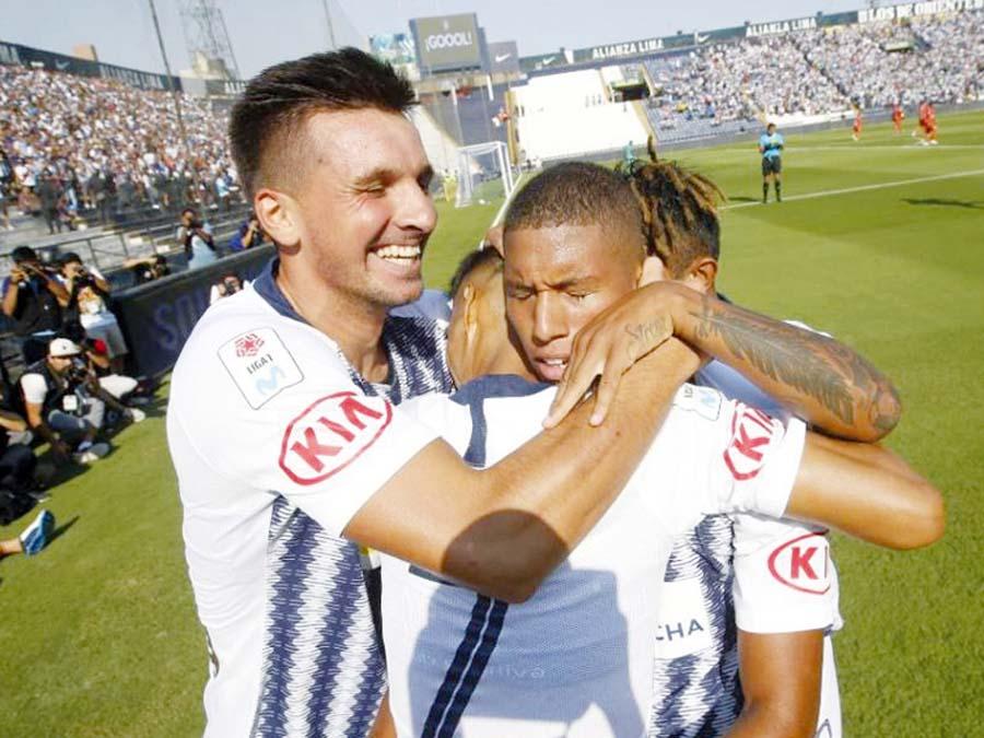 Alianza Lima venció 3-1 a Cesar Vallejo