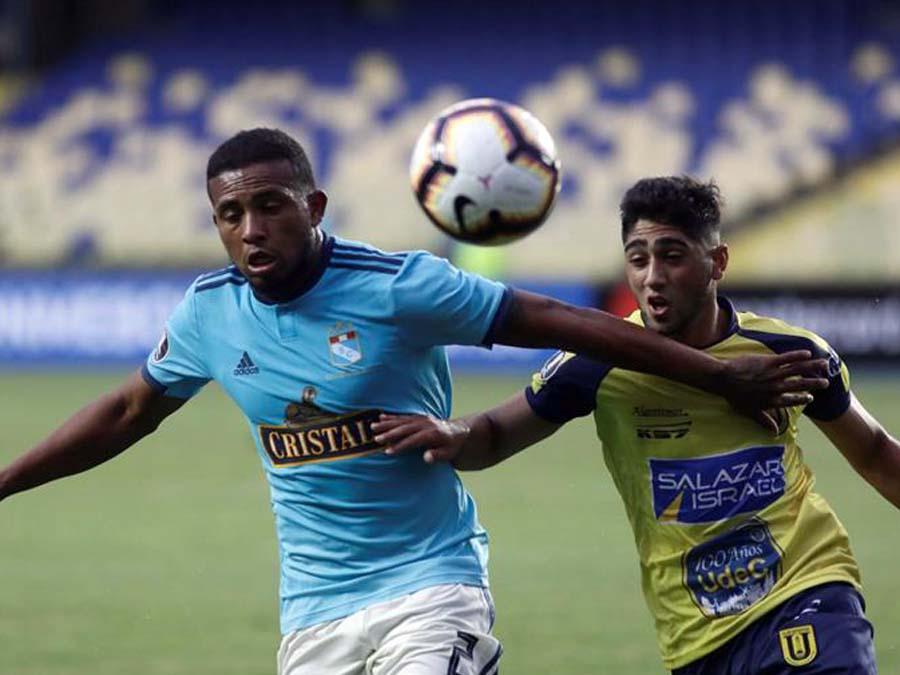 Cristal cayó 5-4 ante U. de Concepción en Chile