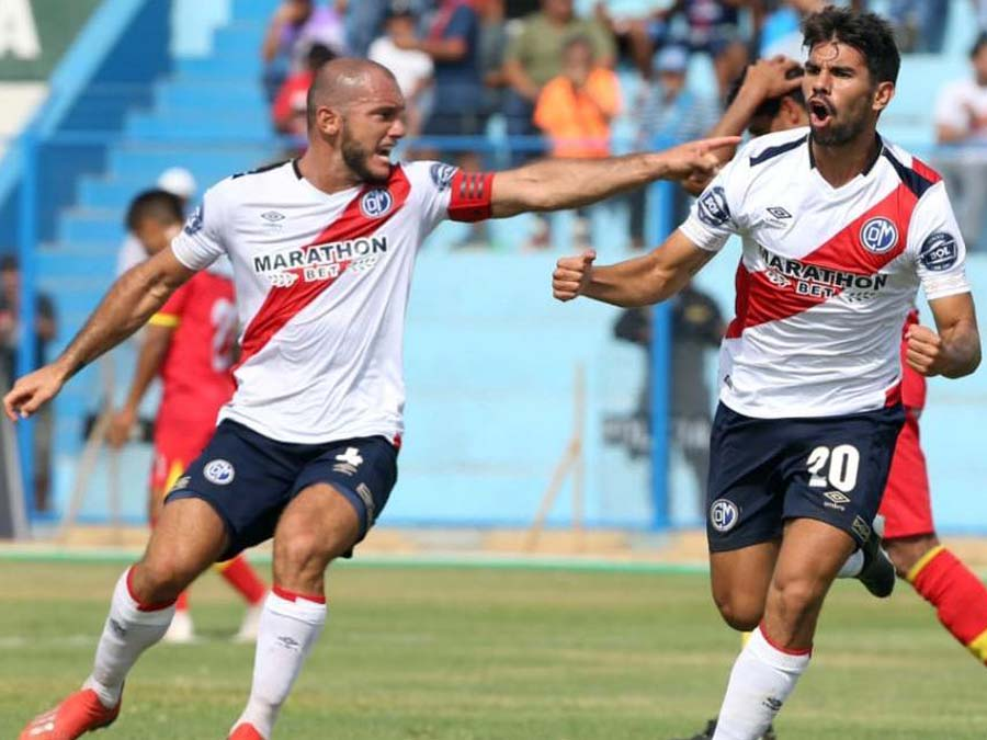 Deportivo Municipal empató 2-2 sobre el final a Sport Huancayo