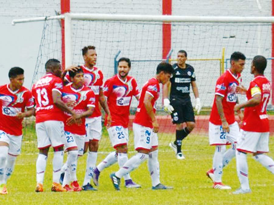 Unión Comercio recibe a Pirata FC