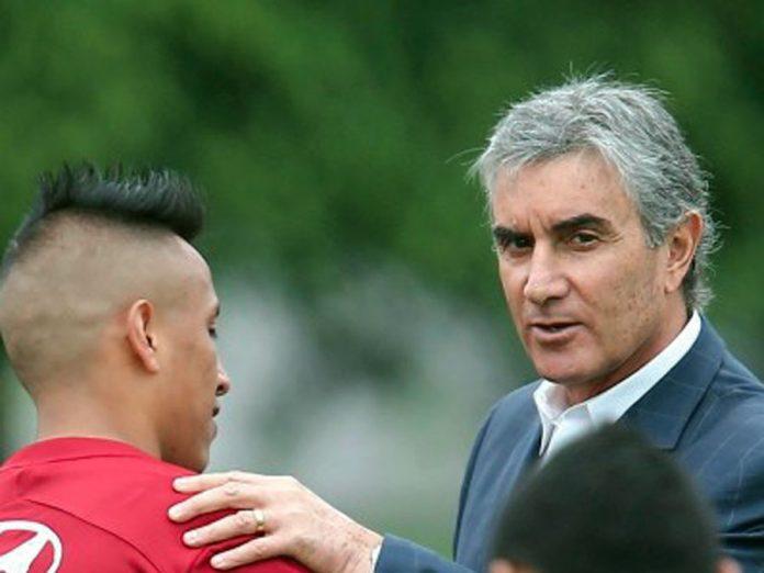 Director deportivo de la FPF, Juan Carlos Oblitas