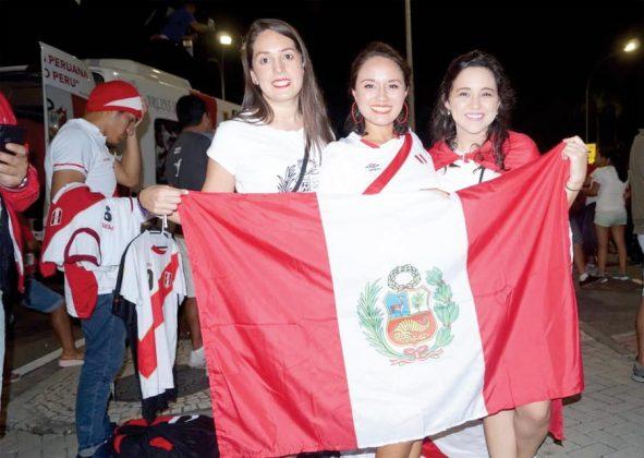 Imponen su belleza. En Brasil hay mujeres muy hermosas, pero las peruanas no se quedan atrás y les robaron más de una mirada a los brasileños.