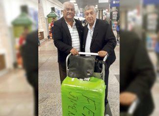 """Con Roberto """"Peluchin"""" Revoredo, gran historiador peruano, quien me fue a recibir al aeropuerto de Porto Alegre."""