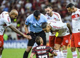 Internacional perdió 2-0 ante Flamengo