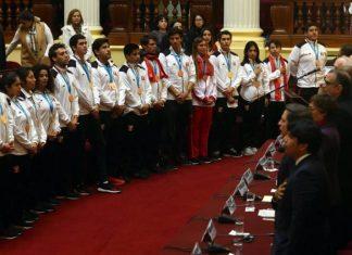 Medallistas fueron homenajeados en el Congreso de la República