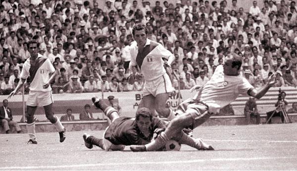 En México 70 quitándole la pelota a Gerson.