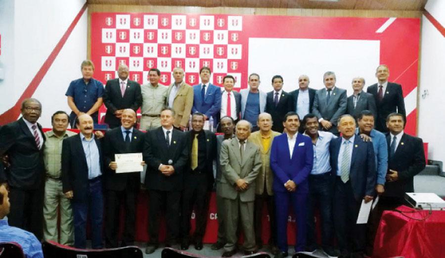 Convención de Entrenadores y Preparadores Físicos Peruanos de Fútbol