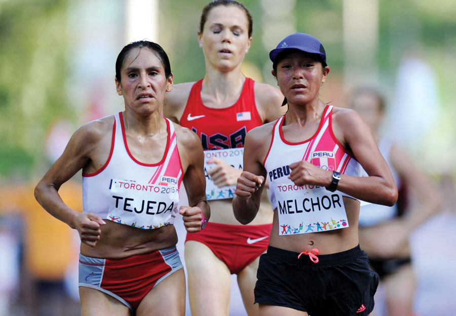 Atletas peruanas Inés Melchor y Gladys Tejeda