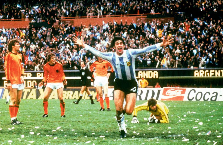 Mario Alberto Kempes fue el goleador del torneo. Uno de sus goles fue en la final.