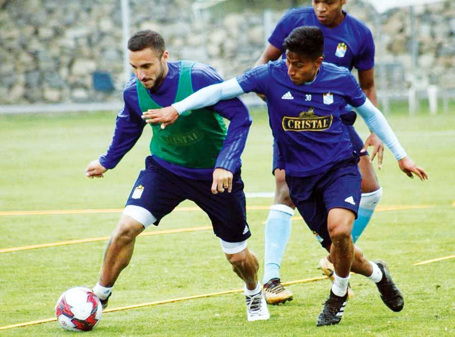 Emanuel Herrera se disculpó