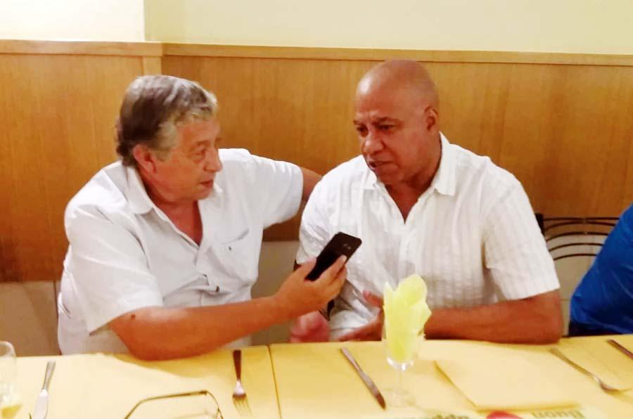 Carlos Leturia junto a nuestro Director Fernando Jimenez en Milano, Italia