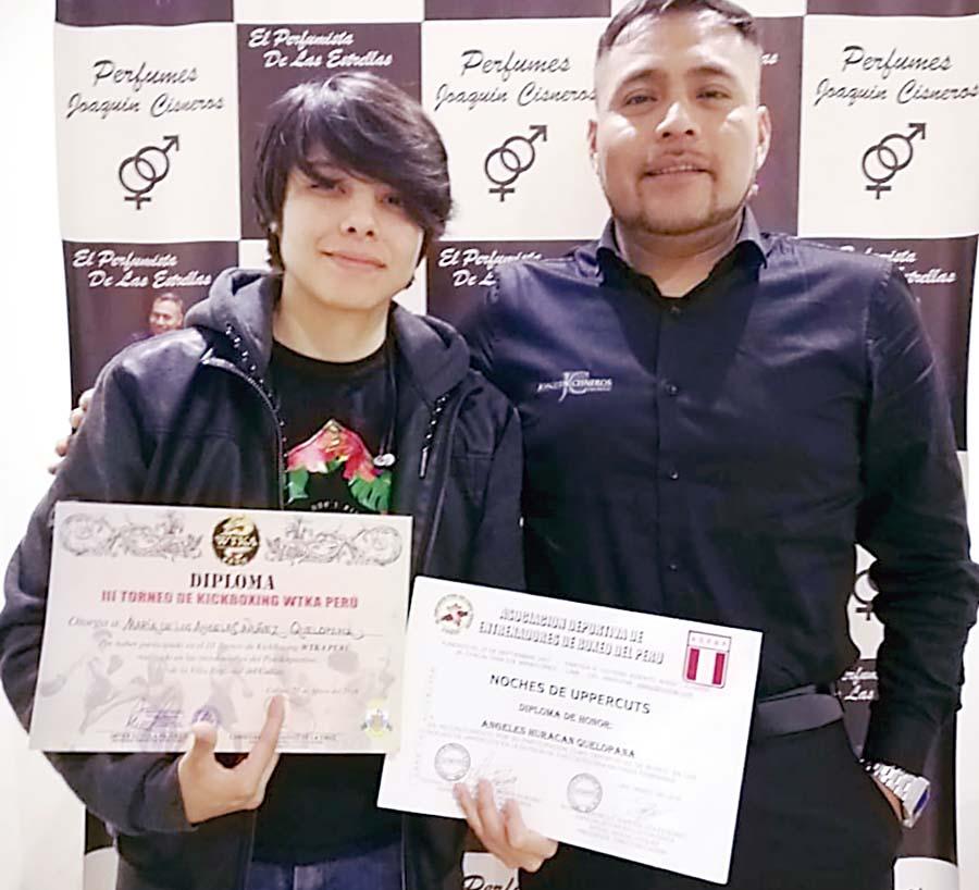 ÁngelesQuelopana peleadora de kickboxing del team Sarria Inka Fighters