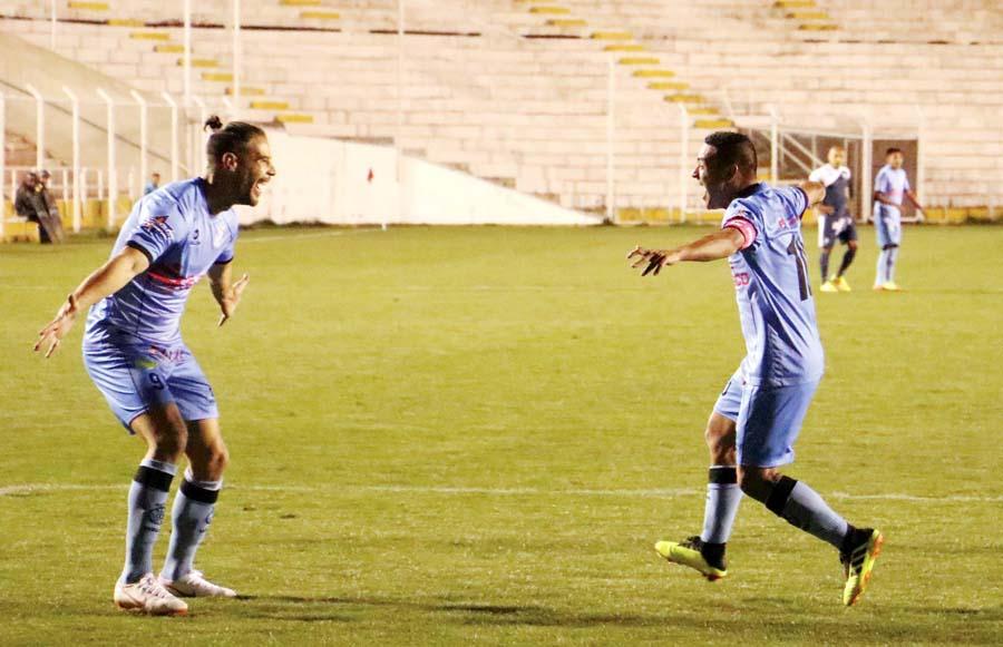 Real Garcilaso venció 2-1 al Ayacucho FC