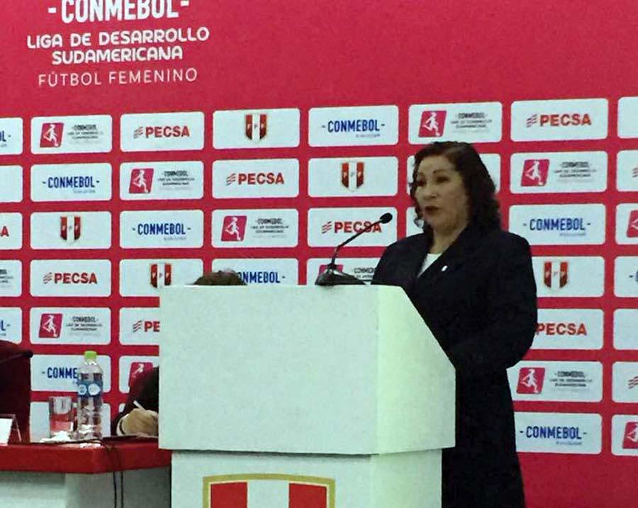 Haydee Paytán, presidenta de la Comisión del Fútbol Femenino