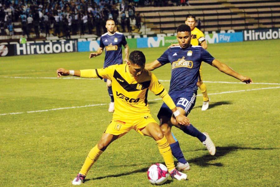 Marcos López va por buen camino en Cristal