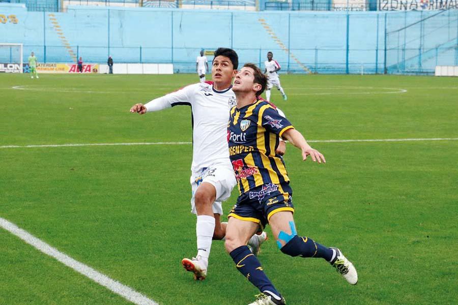 San Martín visita a Sport Rosario