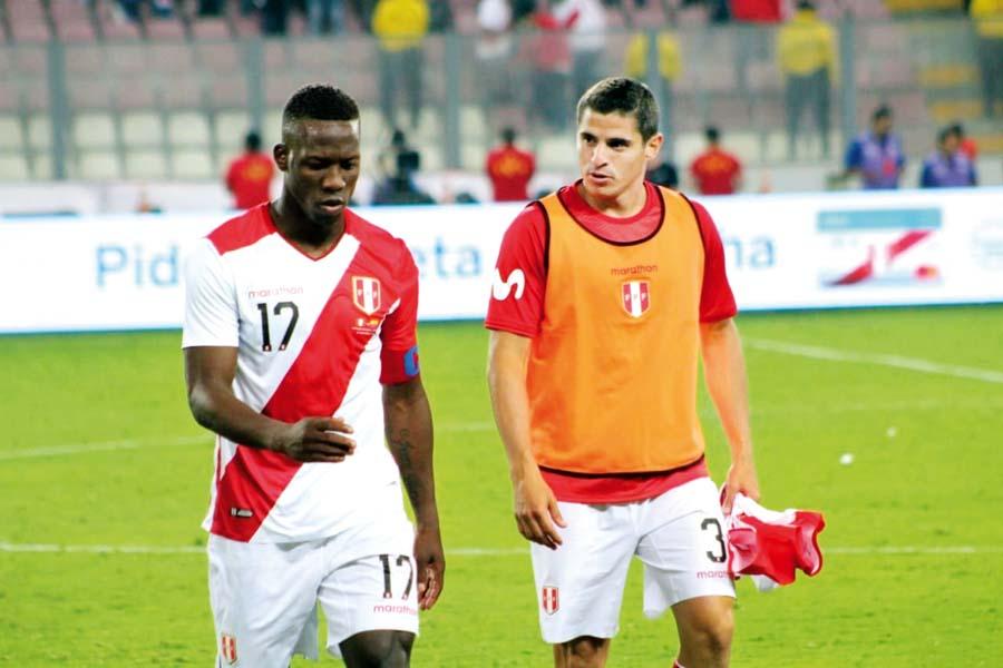 Advincula fue el culpable del primer gol ecuatoriano