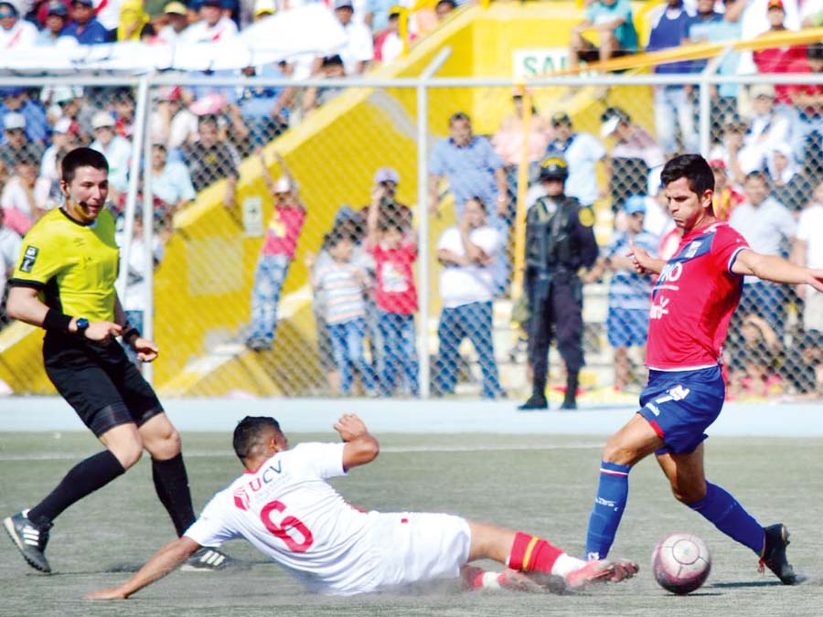 Alianza Atlético igualó con Cienciano