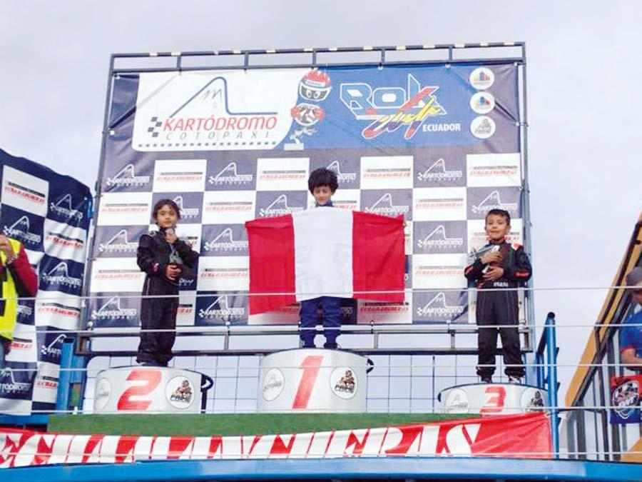 Peruano Mariano López gana la serie Micro Rock en el kartódromo de Cotopaxi